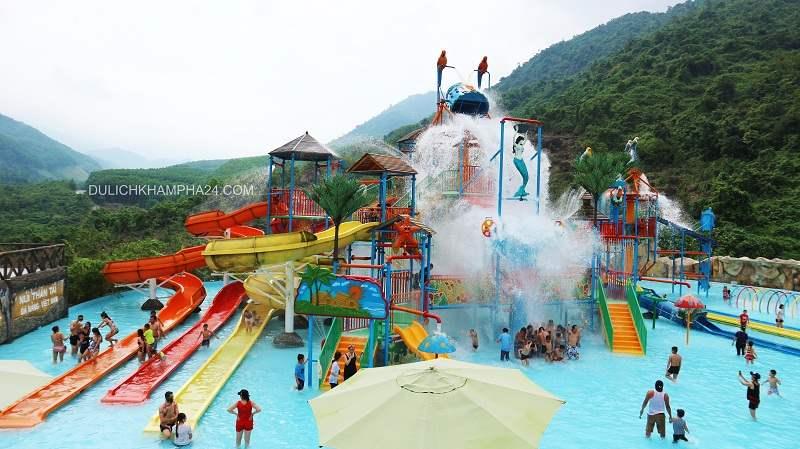 Tắm suối khoáng Núi Thần Tài